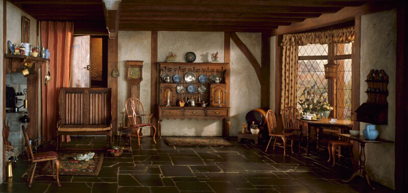 E 5 english cottage kitchen of the queen anne period for Queen anne style kitchen