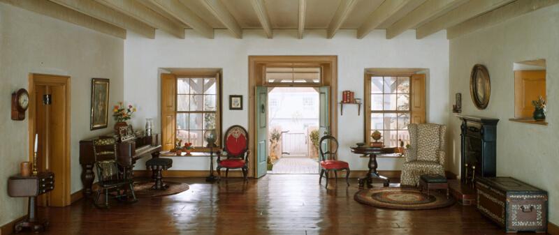Rooms: A36: California Living Room, 1850-1875